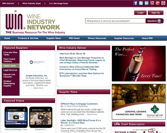La valutazione di usabilità ha rilevato una pagina affollata di elementi e banner laterali che non si distinguono dal sito